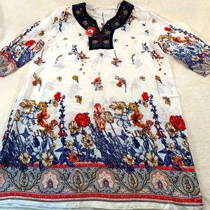 New T-shirt Tunic classic dress Floral size L